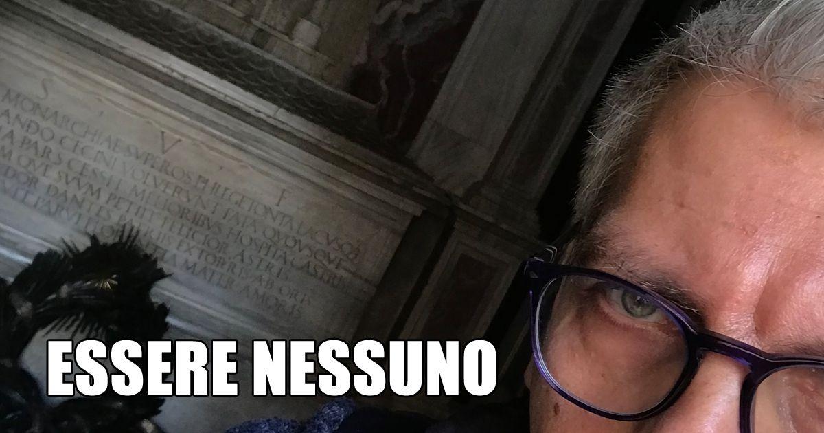Essere NESSUNO, a Ravenna alla la tomba di Dante